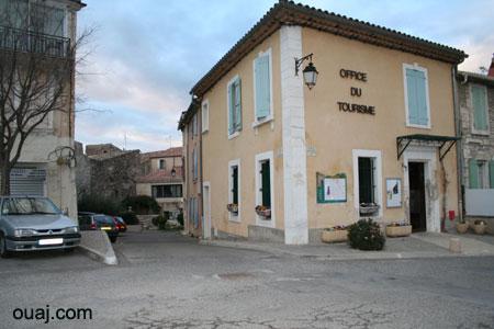 Plan d 39 orgon dans les alpilles en provence ouaj guide de voyage - Office tourisme eyguieres ...