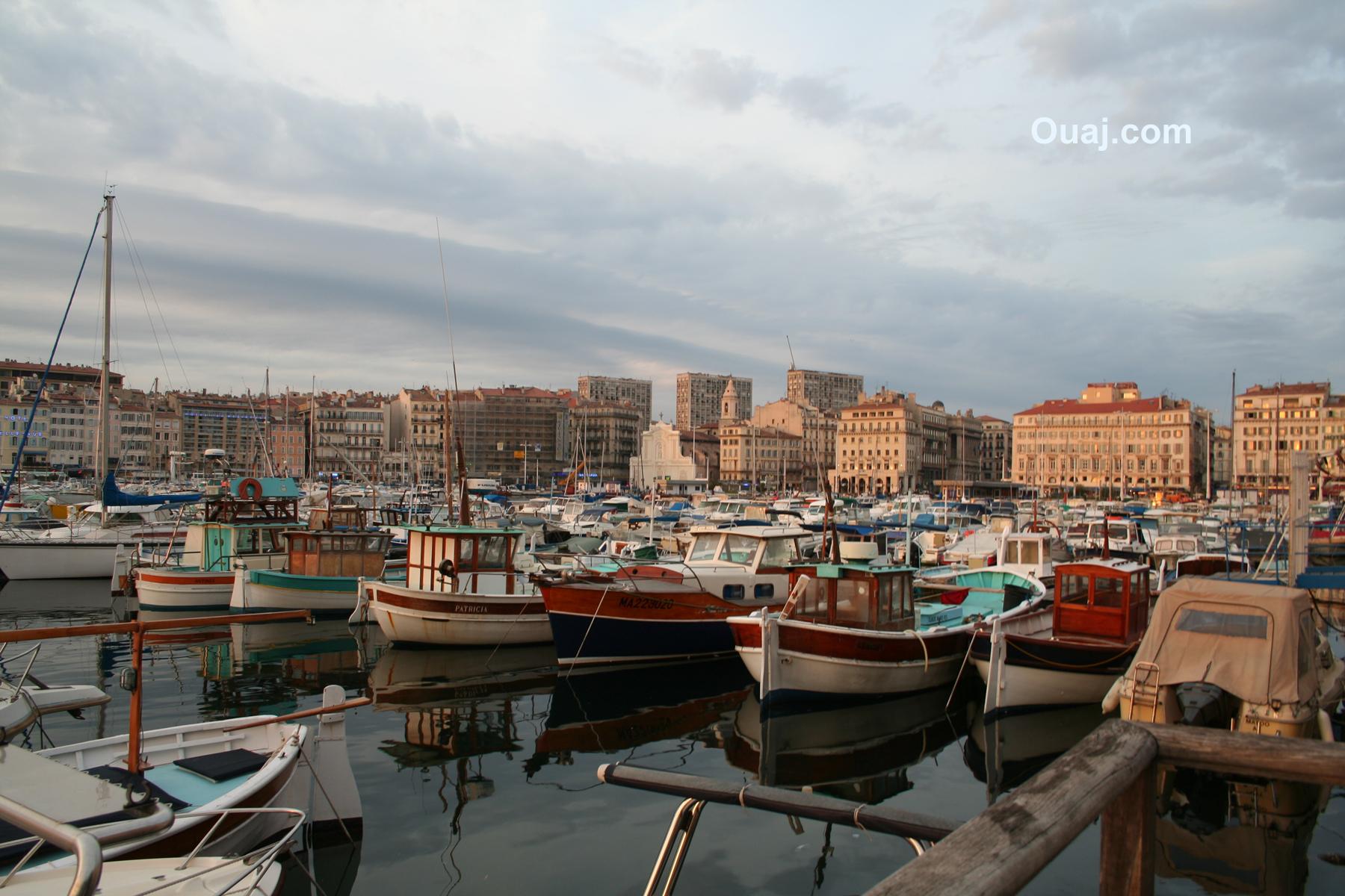 Le vieux port marseille photos et hotels marseille sur le vieux port - Restaurant libanais marseille vieux port ...